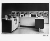 UNIVAC 9300 system with servos