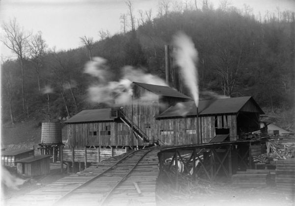 Penn Virginia Corporation photograph collection