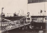 Lab assistant in the laboratory of Julius Lewkowitsch