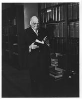 Pierre Samuel du Pont in library