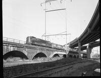 Southbound Amtrak #918 on viaduct at I-95 crossing in Wilmington, Delaware