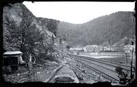 Mauch Chunk, on riverbank
