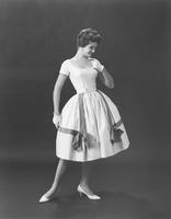 Lynda Mead, Miss America 1960, in Soptra's Everglaze cotton Tanissa afternoon dress by Hannah Troy
