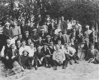 Pusey and Jones Company outing at Fenton's Beach
