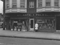 Storefront of the Great Atlantic & Pacific Tea Co. grocery store (Wilmington, Del.)