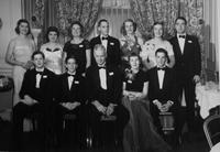 1950 du Pont family reunion group portrait, Print No. S-10