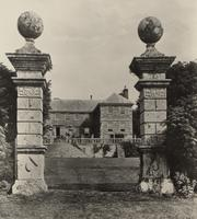 Newton Ferrers house and entrance, Cornwall