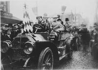 Group in Matheson 1908 Touring Car, winner of Wilkes-Barre - Philadelphia road race