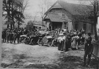 Crowds gathered at the Old Chapel during 1907 Giant's Despair Hillclimb