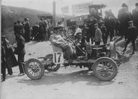 J.P. Hardy on Pope-Hartford automobile during the 1907 Giants Despair Hillclimb