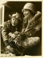 Pilot Elinor Smith being greeted by her mother