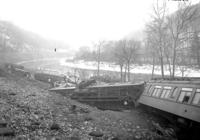 Warrior Ridge, Pa., wreck train #2, view east, cars 2,3,5,6,7,8,9