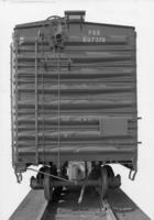 X50a box car #607276, end view