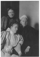 Louise Crowninshield, Louisa Gerhard du Pont, and Evelina du Pont