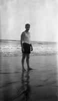 Frank Schoonover on the beach at Ventnor, New Jersey, or Rehoboth, Delaware